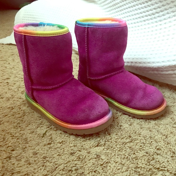 7823a6af576 UGG boots. Colorful rainbow trim. Fuchsia suede.
